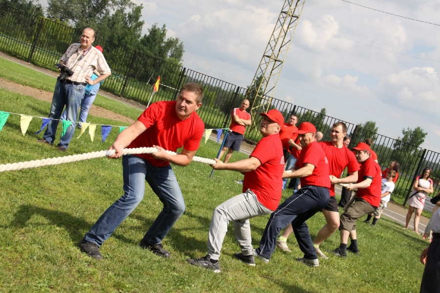 Purchase sports insurance for tug of war