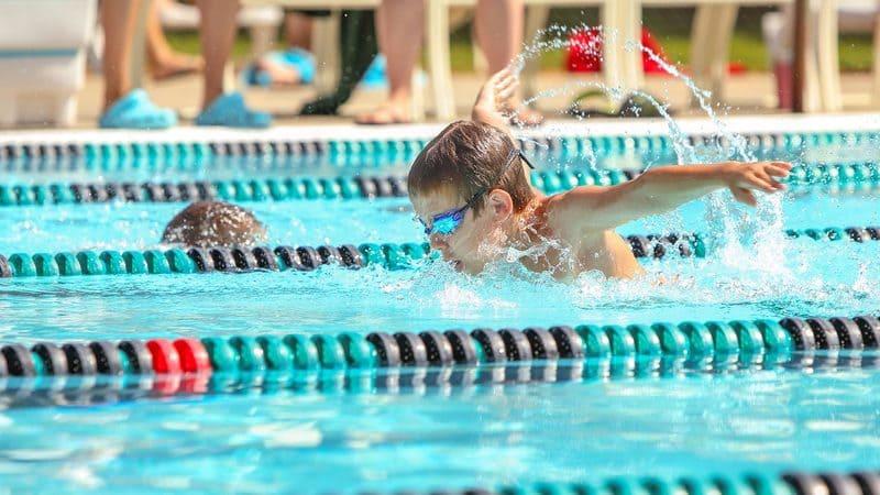 плавание для детей польза для здоровья
